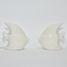 Small Goldfish Shape Salt and Pepper Shakers - Salt Shaker- 2017 Designed Salt and Spice Bottle