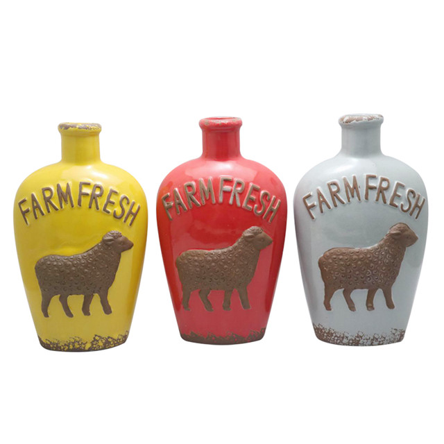 Ceramic Various Styles Wine Bottle Design Red Embossed sheep style Wine Bottle Style Ceramic Vase