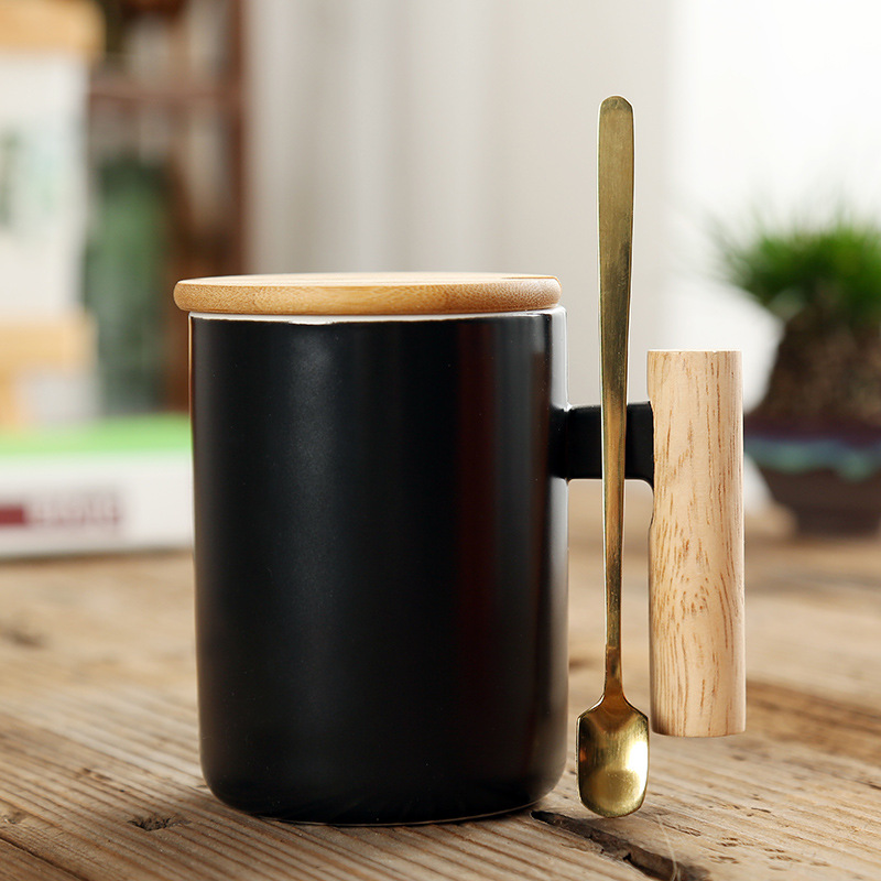 custom logo gift box porcelain coffee mug set ceramic cups with wooden handle with bamboo lid and metal spoon ceramic cups set